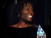 Dr. Auma Obama im Interview: Auch wenn Tausend Leute im Saal sind, rede ich direkt mit jedem Einzelnen